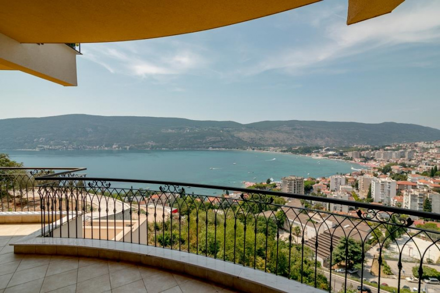 Apartments in Herceg Novi