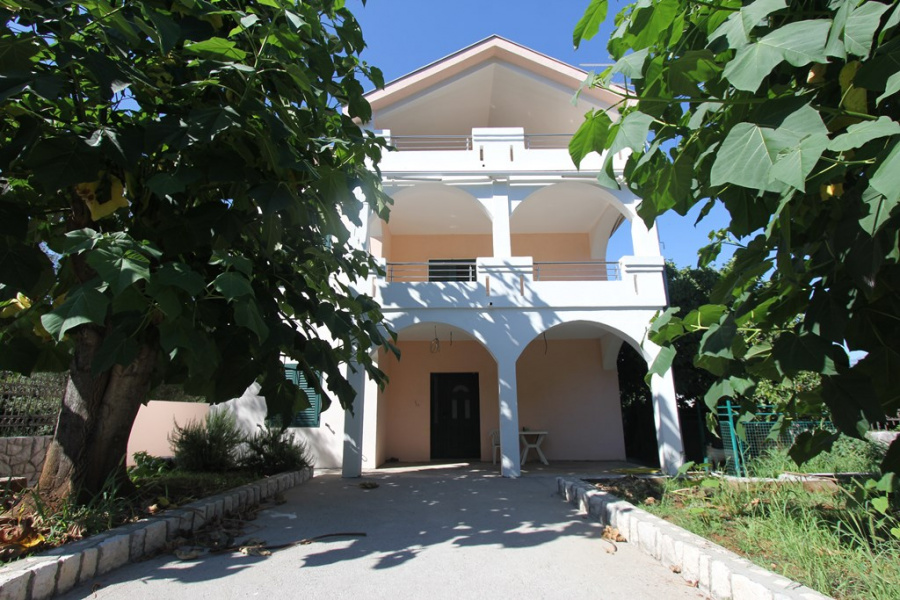 Cosy house in Tivat